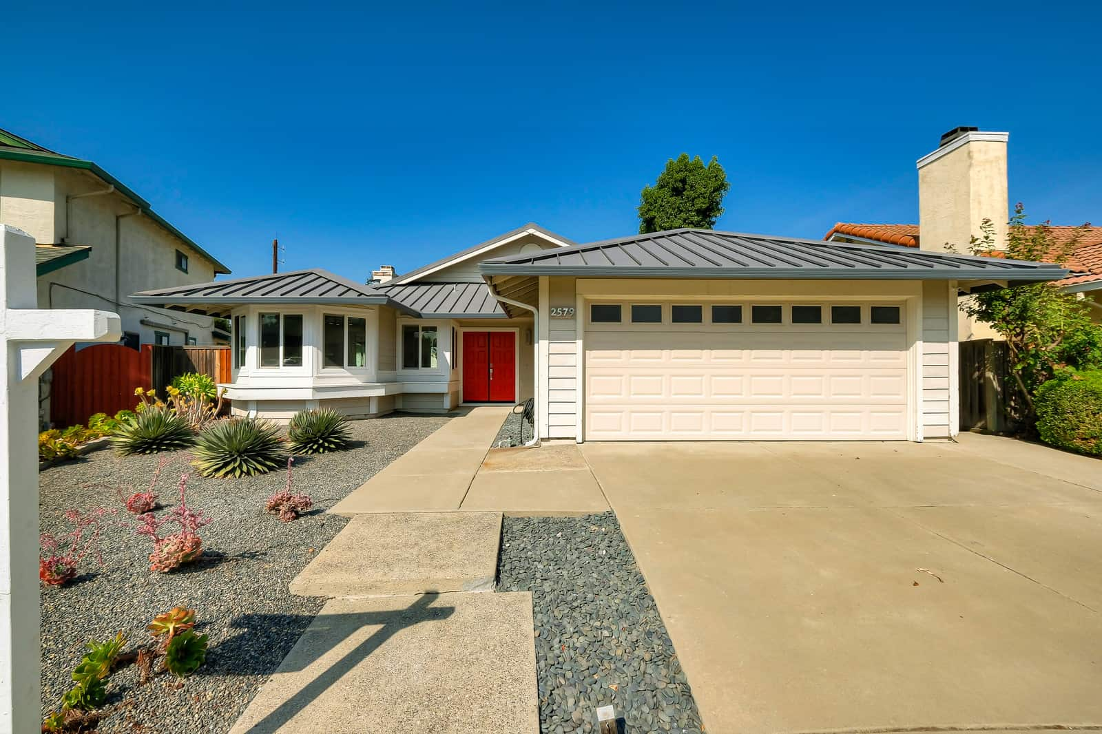 Featured Home: 2579 Bishop Ave, Fremont